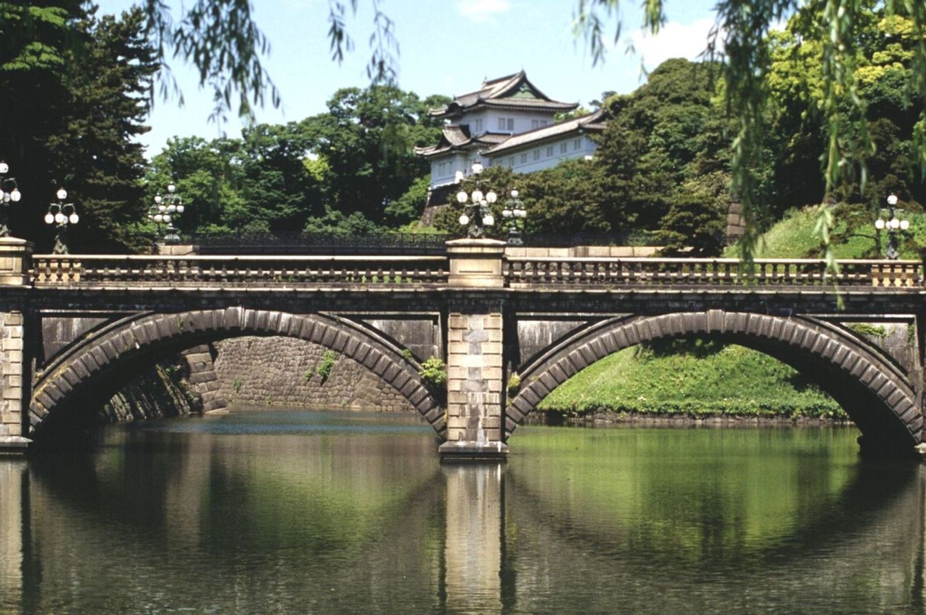 imperial palace japan tour