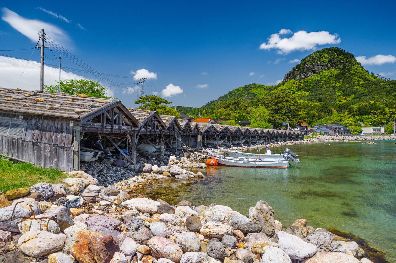 4 GIORNO Traditional Boat Houses UFTU